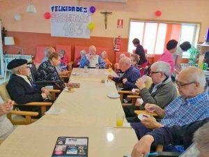 Celebración en la Residencia Del Pilar del 103 cumpleaños de Sebastian